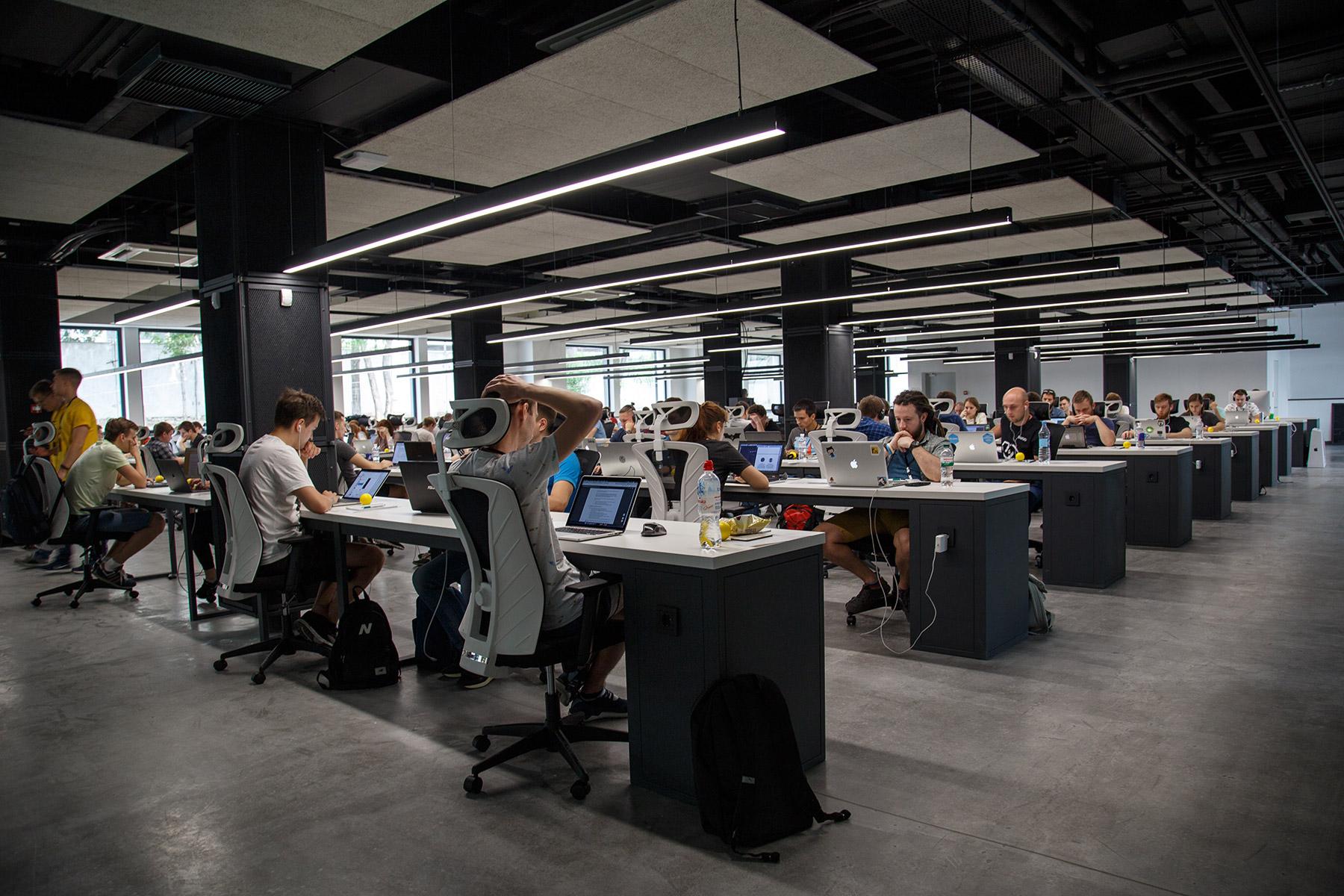 Capa de Como o coworking reduz seus custos operacionais em relação a um escritório tradicional
