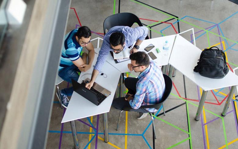 Capa de Criatividade e inovação: 4 dicas para desenvolver esses dois pontos