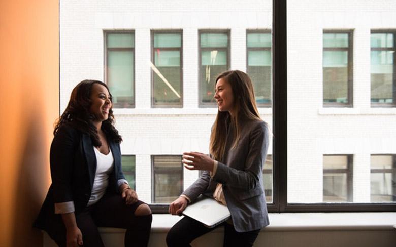 Capa de Ambientes descontraídos: entenda seu destaque no mundo das startups